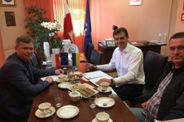 Бургомістр з Польші уклав договір з міським головою Шумська на Тернопільщині
