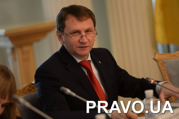 Припинити заклики до розправи над суддями з трибуни парламенту закликала спікерів ВРУ Рада суддів України