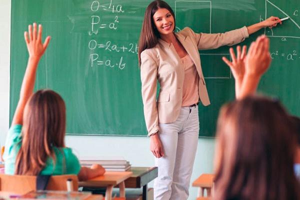 Учителів та директорів запрошують на освітні поїздки у Фінляндію та Словаччину